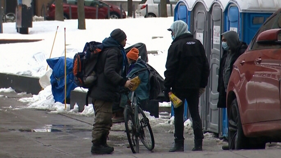 Shelters work around Quebec curfew