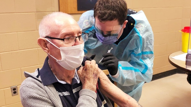 Tavistock, Ont.'s Earl Morrison, a resident at PeopleCare, receives his first-dose of the Pfizer-BioNTech COVID-19 vaccination Jan. 12, 2021. Morrison was one of the first long-term care home residents in the Southwestern Public Health region to receive the vaccine. (Source: PeopleCare Tavistock)