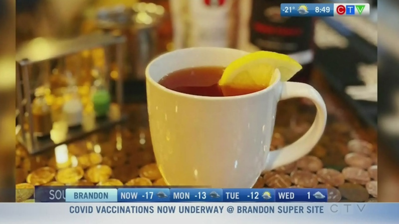 Learn to make a peach punch hot toddy