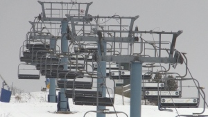 Empty ski-lift chairs at Boler Mountain in London Ont. on Jan 18, 2021. (Bryan Bicknell)