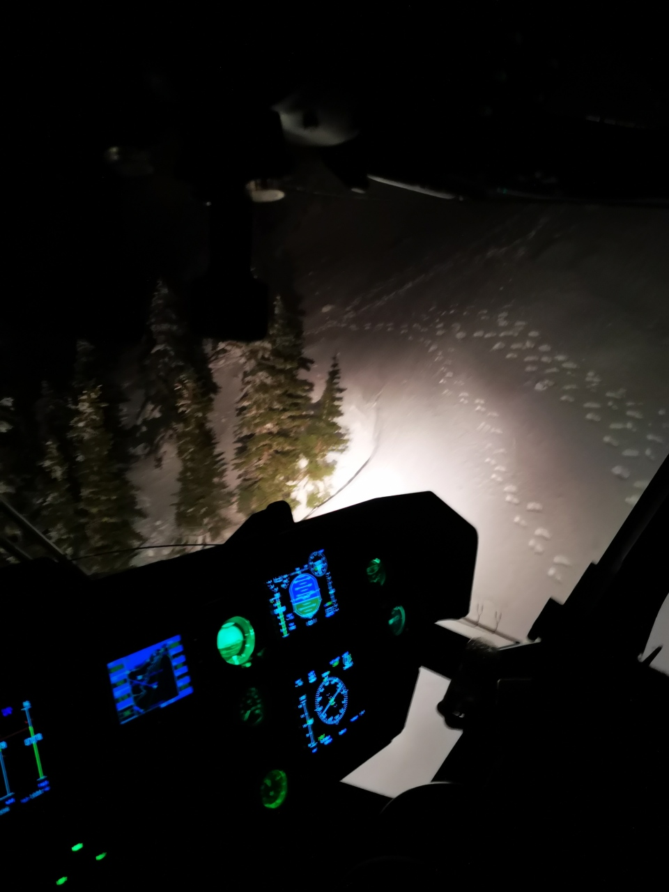 A lack of light and accessibility to the hikers were challengers for rescuers over the weekend: (Joint Task Force Pacific Department of National Defence)