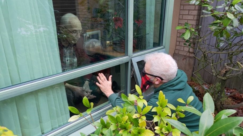 Stephen Roberts is raising funds to install bird feeders outside long-term care homes in memory of his father, Gordon Roberts, who was cheered up by seeing wild birds during the pandemic: (Stephen Roberts)