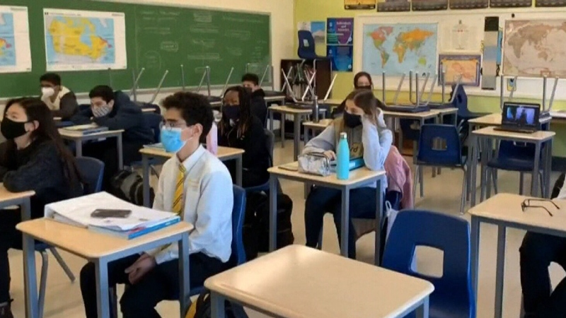 Quebec parents fight for right to online learning