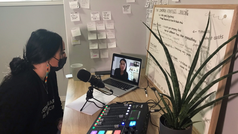 Alicia Morrow, left, and her sister Lexie Obey, onscreen, have produced five episodes of The Comeback Podcast so far. (Stefanie Davie / CTV News)