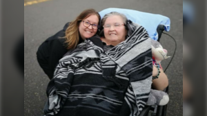 Leslie Nerheim and her mother pose for a picture. They haven't seen each other in person since before the COVID-19 pandemic. (Leslie Nerheim)