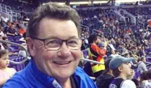 Warren Woods, a longtime Saskatchewan sports broadcaster, died after his battle with COVID-19.(Supplied)