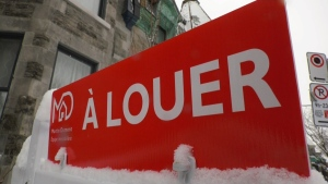 A Louer sign in Montreal / For Rent
