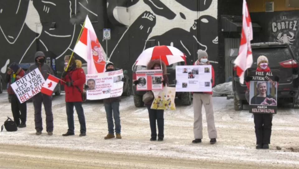 Belarusians in Edmonton formed a chain in Old Strathcona to show support for political prisoners.