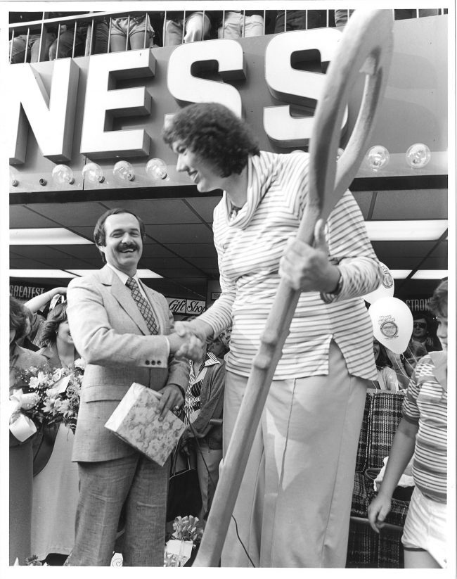 Sandy Allen, former tallest woman in the world