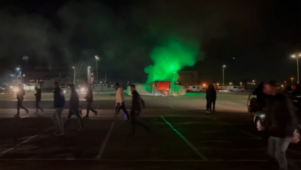 Dutch Police Clash With Anti-Lockdown Protesters in Amsterdam and Eindhoven