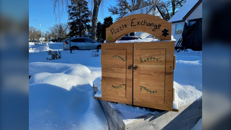 The puzzle exchange box. (Source: Zachary Kitchen/CTV News)