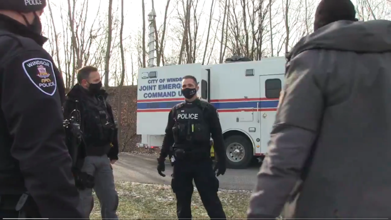 Screen grab from Windsor Police Service video detailing Windsor-Essex Project Lifesaver. (source Windsor Police Service/Twitter)