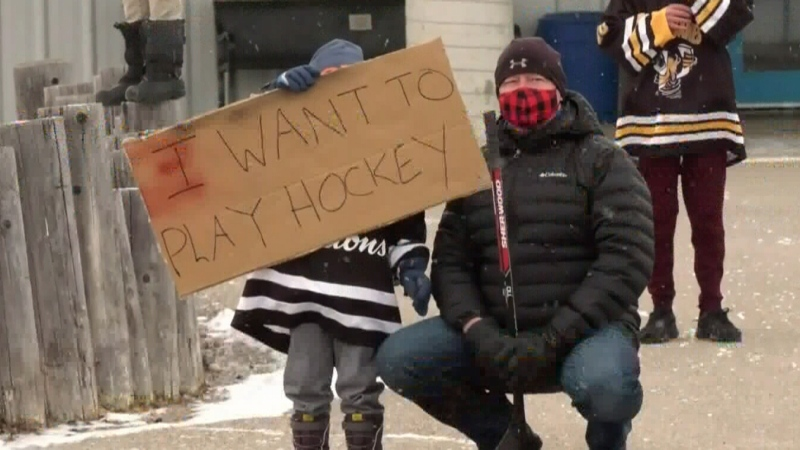 Hockey rallies protest restrictions