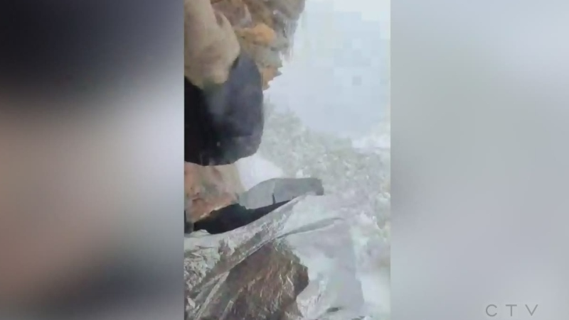 Hikers trapped on Arizona cliff for days rescued