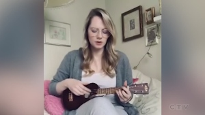 Former northerner covers True Colours on ukulele