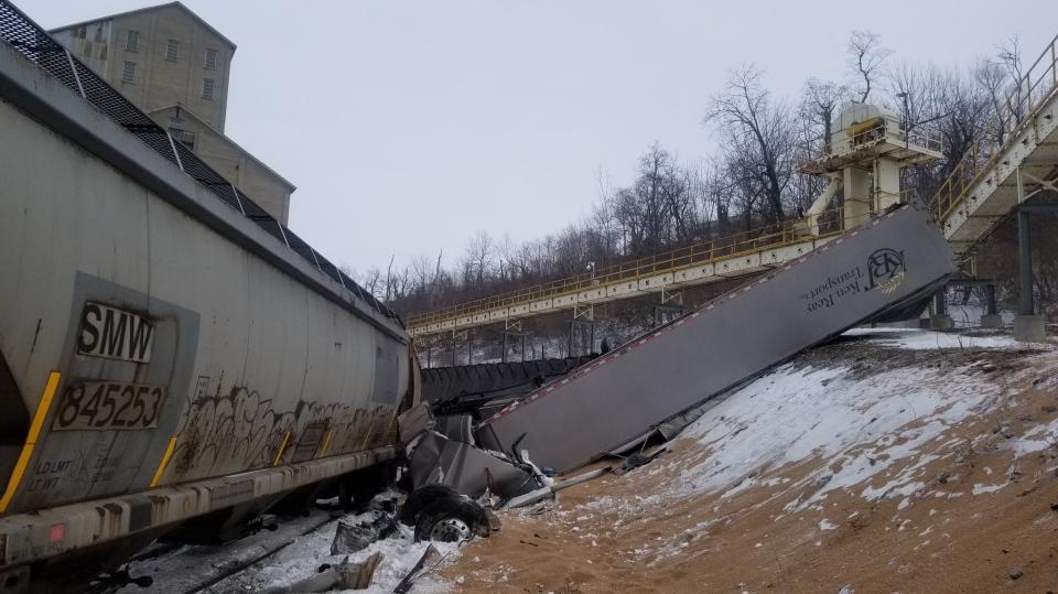 Train derailment in Goderich Ont.