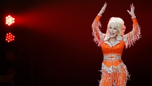 Dolly Parton performs in concert on May 27, 2014, in Knoxville, Tenn. (Wade Payne / Invision / AP, File)