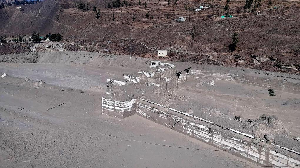 Nanda Devi glacier damage