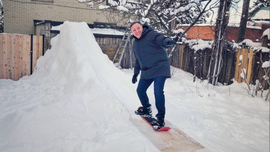 Legault snowboarding