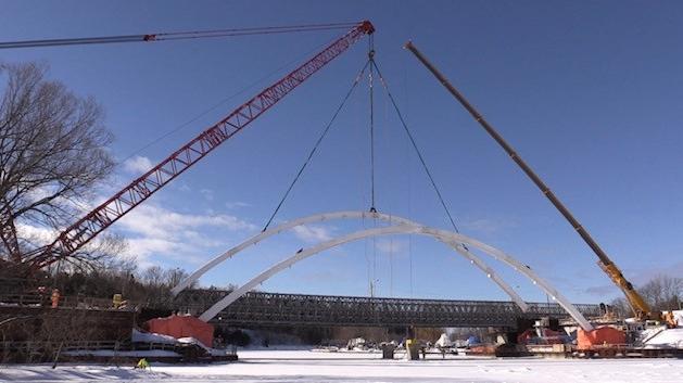 Bayfield Bridge construction
