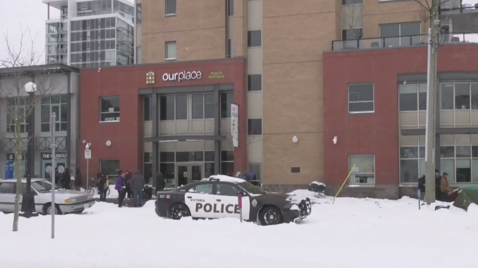 Heavy snow was blamed for several traffic accidents and bus route cancellations on the island over the weekend. (CTV News)