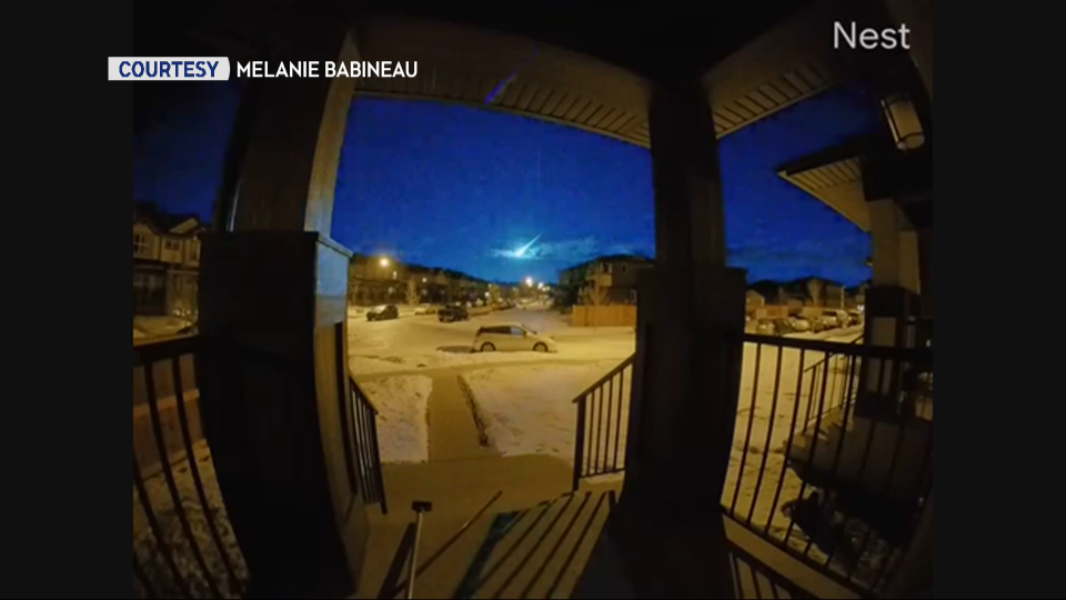 A doorbell camera in the town of Cochrane, west of Calgary, recorded a meteor Monday morning. (courtesy: Melanie Babineau)