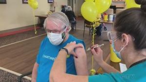 Simcoe Muskoka District Health Unit COVID-19 vaccination clinic. (Roger Klein/CTV News)