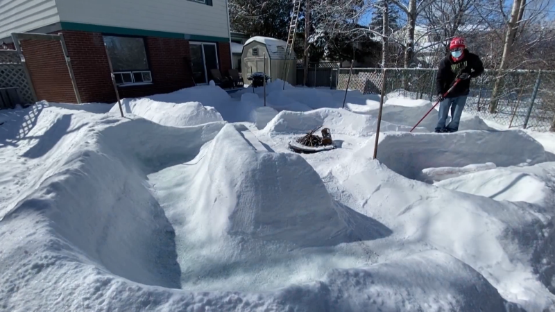 Fore! Icy mini-golf course takes shape