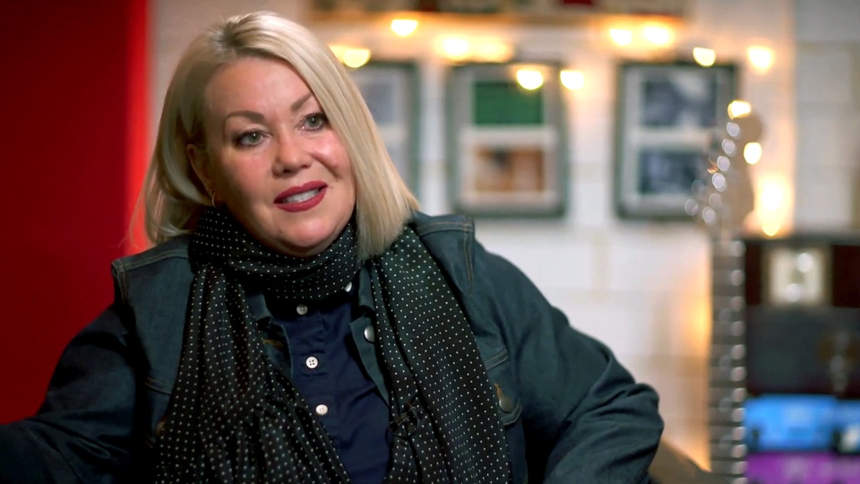 Singer-songwriter Jann Arden speaks to W5 about advocating on behalf of the Canadian Horse Defence Coalition against the practice of flying live horses around the world to be slaughtered for horsemeat.