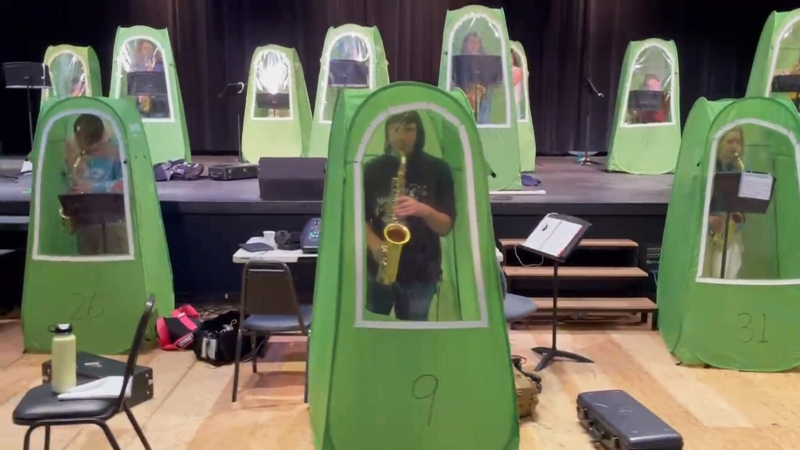 These high school band members found a unique way to keep practising during a pandemic.