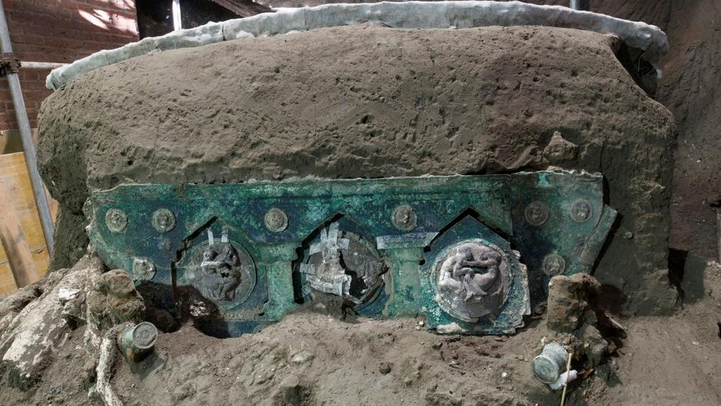 Pompeii chariot AFP