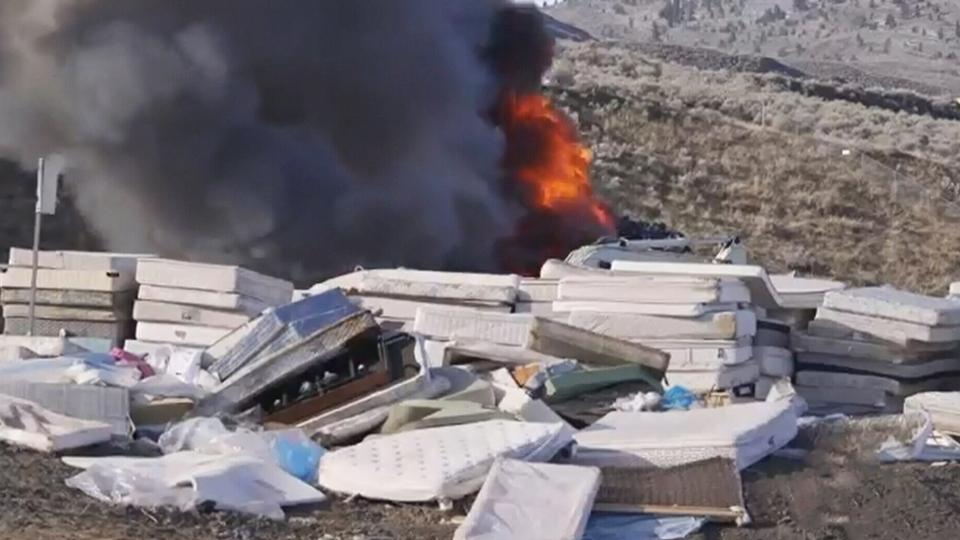 Landfill fire sends toxic smoke into sky