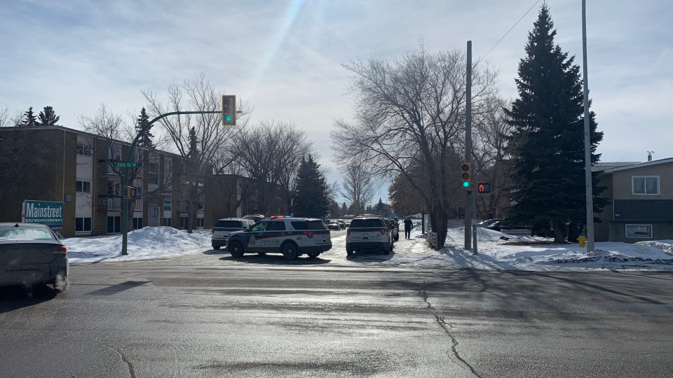 Saskatoon police are pictured at Avenue W on March 1, 2021. (Dan Shingoose/CTV Saskatoon)