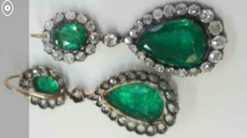 Stolen jewelry in Montreal is worth more than $1 million.