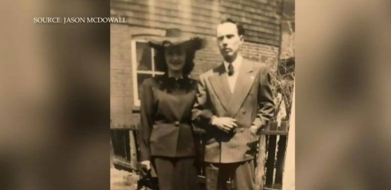 Toronto man discovers love letters from 1940s
