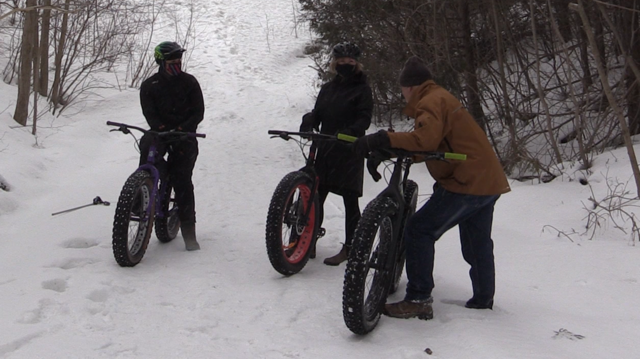 Fat bike cyclists