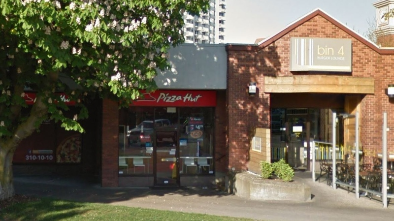 The Pizza Hut where the assault allegedly took place is shown: (Google Maps)