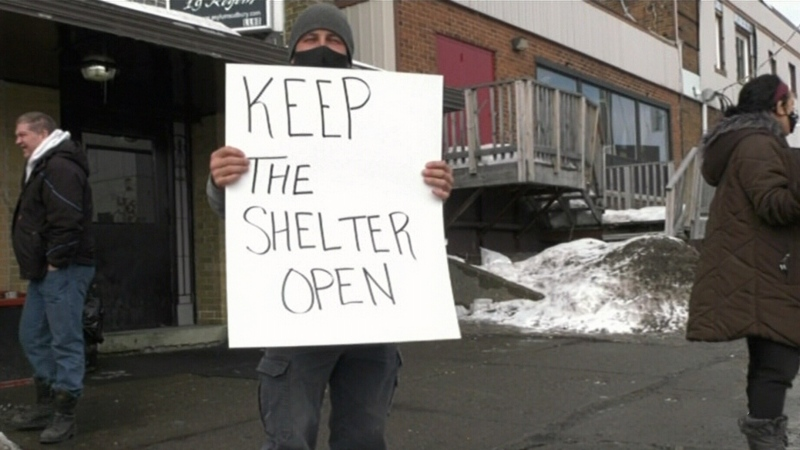 Homeless shelter slated to close remains open