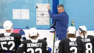 Toronto Maple Leafs head coach Sheldon Keefe holds a practice session in Toronto on Saturday July 25 2020. (THE CANADIAN PRESS/Chris Young)