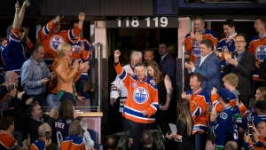 Walter Gretzky is honoured at Rexall Place in Edmonton, Alta., on April 6, 2016. (Jason Franson / THE CANADIAN PRESS)