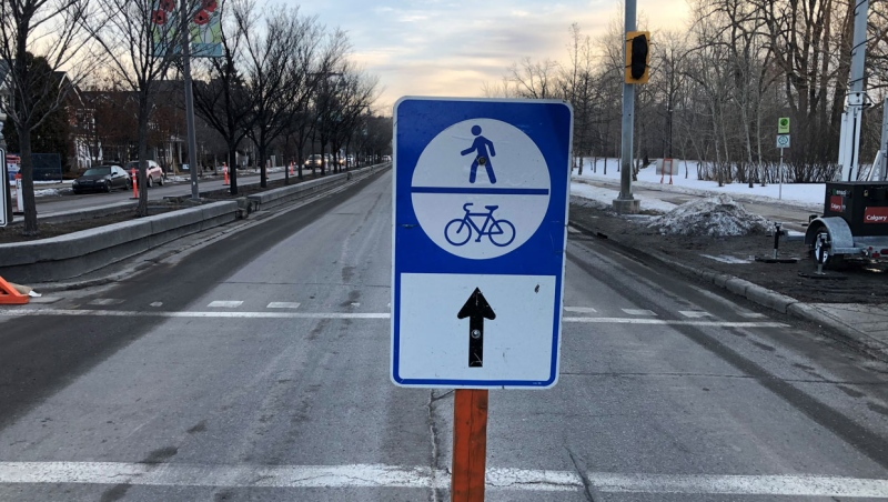 Cyclists and pedestrians will be allowed to roam the eastbound lanes of a stretch of Memorial Drive this weekend.