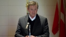 Wayne Gretzky speaks at his father's funeral