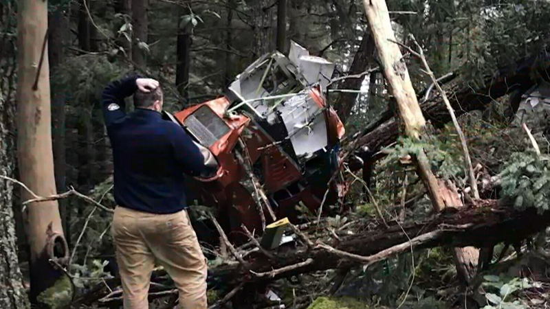 Helicopter crash caught on camera