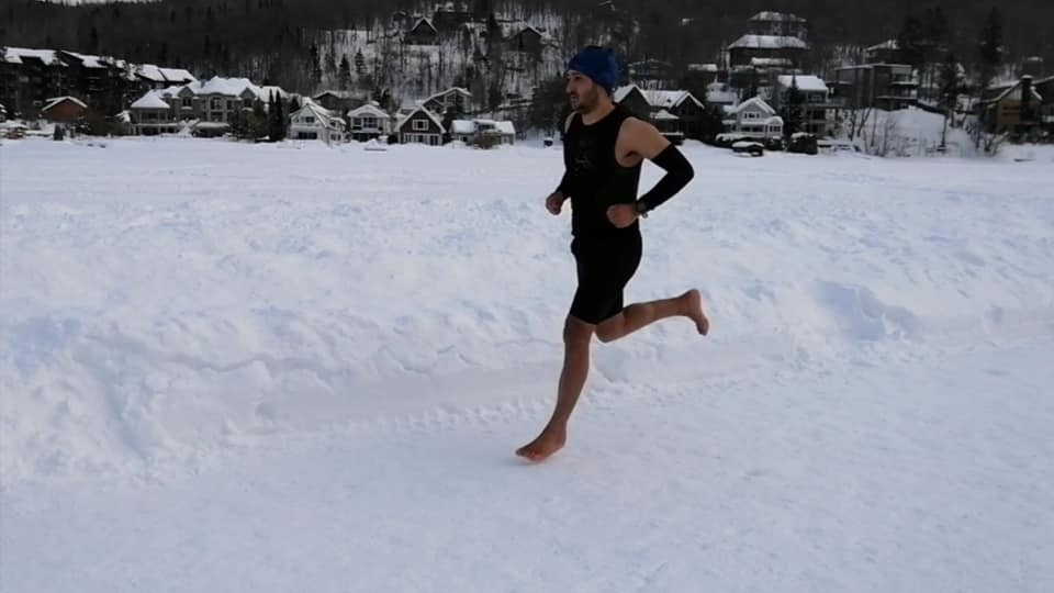 Karim El Hayani running barefoot on the ice