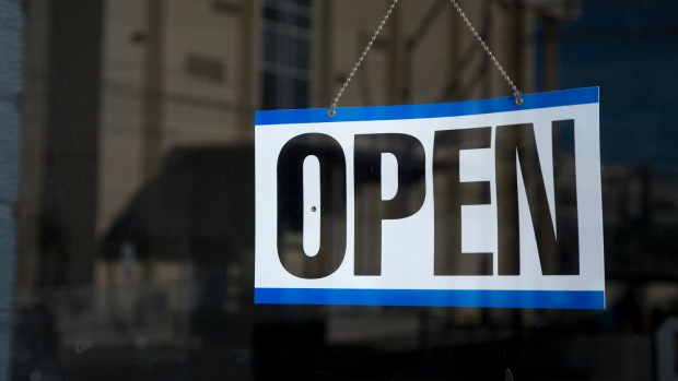 What's open and closed in Ontario for the September 30 holiday?
