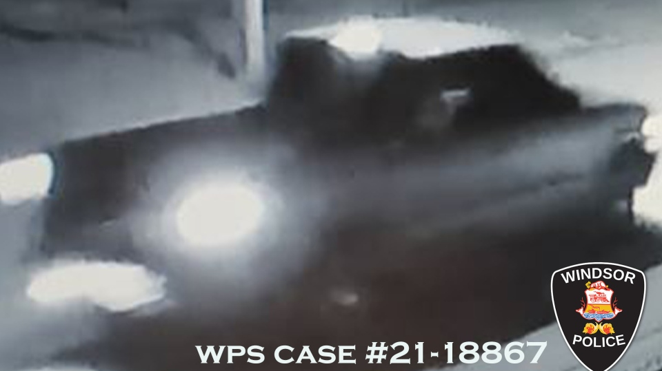 Suspect vehicle in Windsor arson investigation. (courtesy Windsor Police Service)