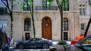 Jeffrey Epstein's Manhattan mansion was sold for approximately US$51 million to an undisclosed buyer Tuesday. (evin Hagen/Getty Images)
