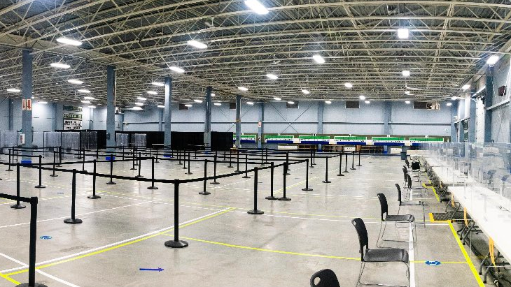 A look at the COVID-19 community vaccination clinic at the Nepean Sportsplex. (Photo courtesy: Twitter/JimWatsonOttawa)