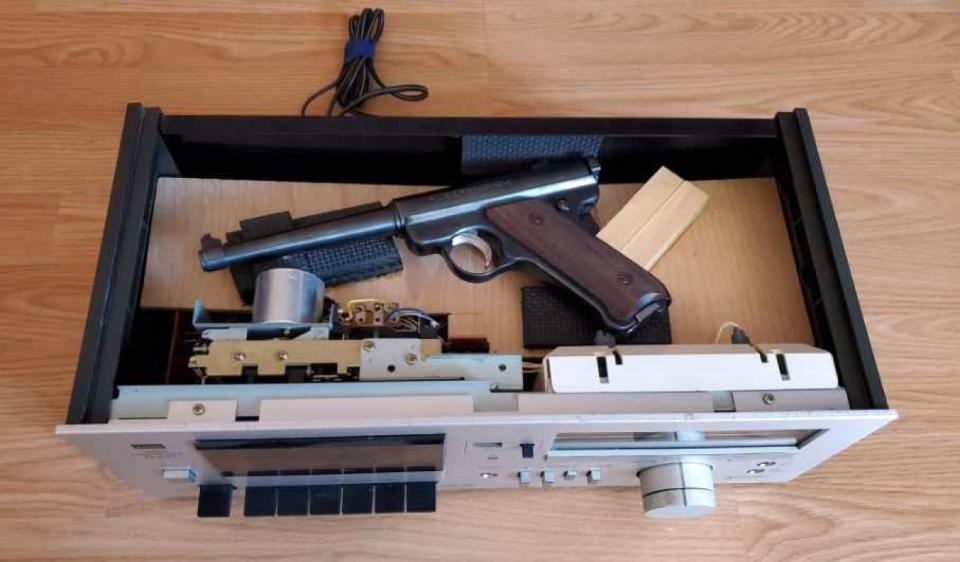 Cassette gun