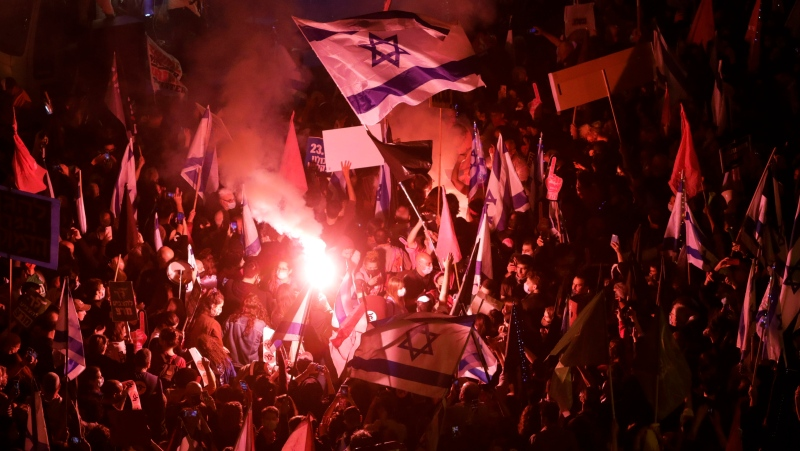 Thousands protest against Israel's Netanyahu ahead of vote